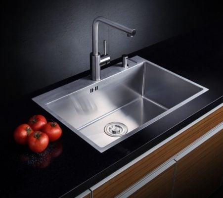 Chậu âm bàn và vòi rửa chén nóng lạnh q634